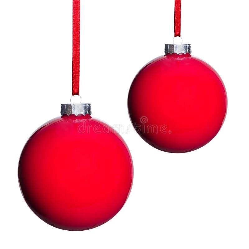 两个红色圣诞树球 免版税库存照片