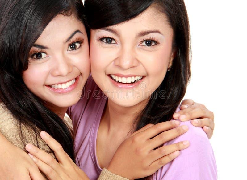 两个美丽的女孩 免版税库存图片