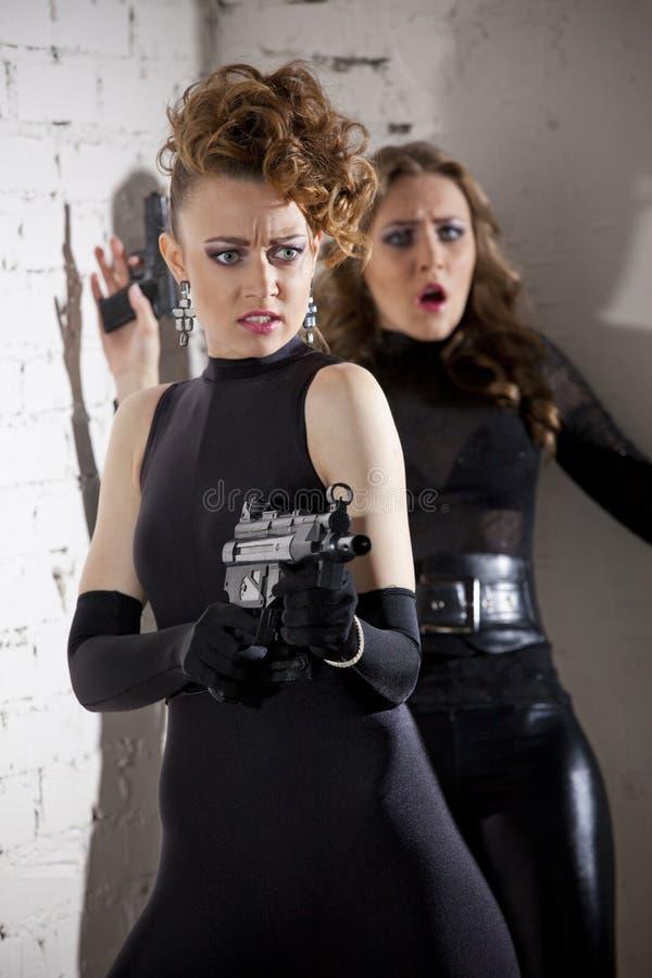 两位女性间谍 免版税库存照片