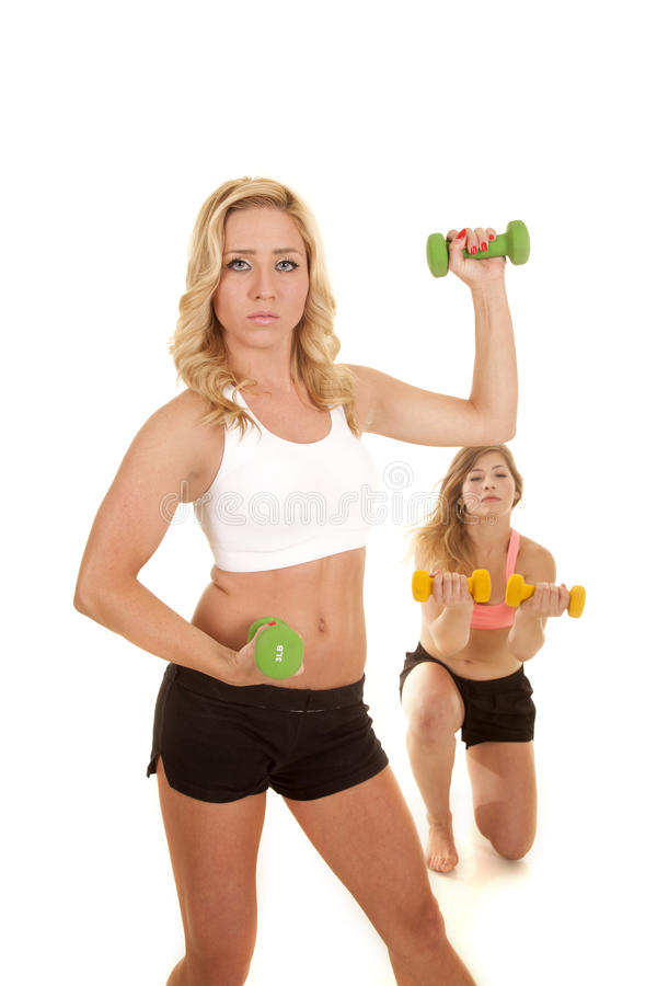 两体育胸罩推力重量的妇女 库存图片