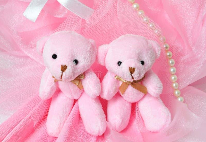 两可笑的桃红色玩具熊 库存照片