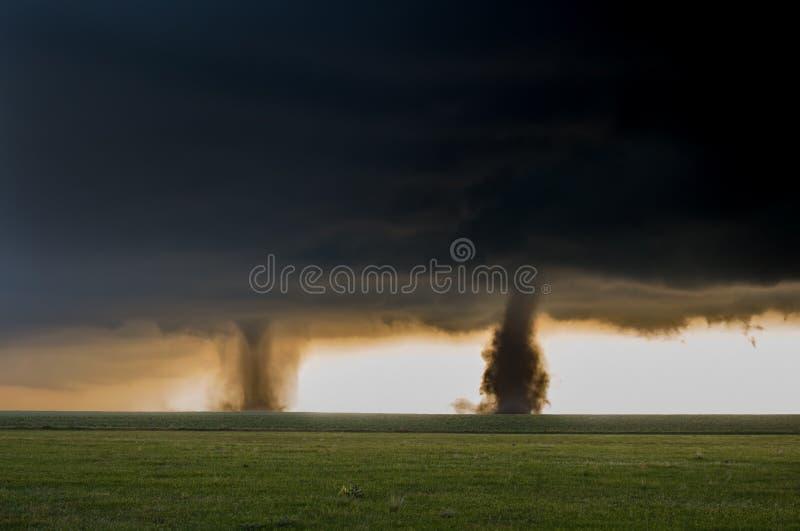 两场龙卷风在东Colorad平原同时着陆  库存照片