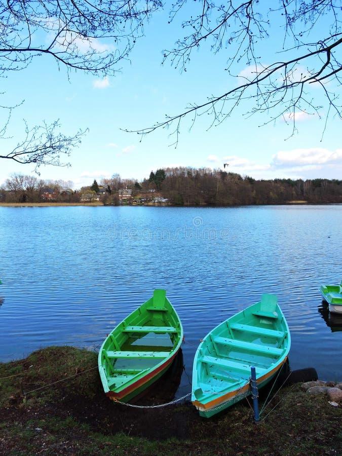 两小船在湖,立陶宛 免版税库存照片