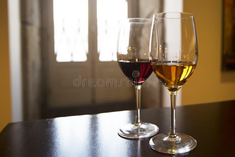 两杯葡萄酒 免版税图库摄影