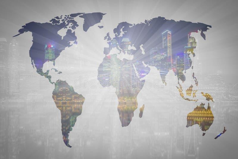两次曝光世界地图和新加坡市背景 要素 免版税图库摄影