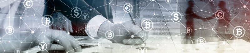 两次曝光Bitcoin和blockchain概念 数字式经济和货币贸易 网站倒栽跳水横幅 免版税库存照片