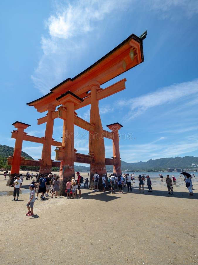 严岛神社,日本的O鸟居巨大门 图库摄影