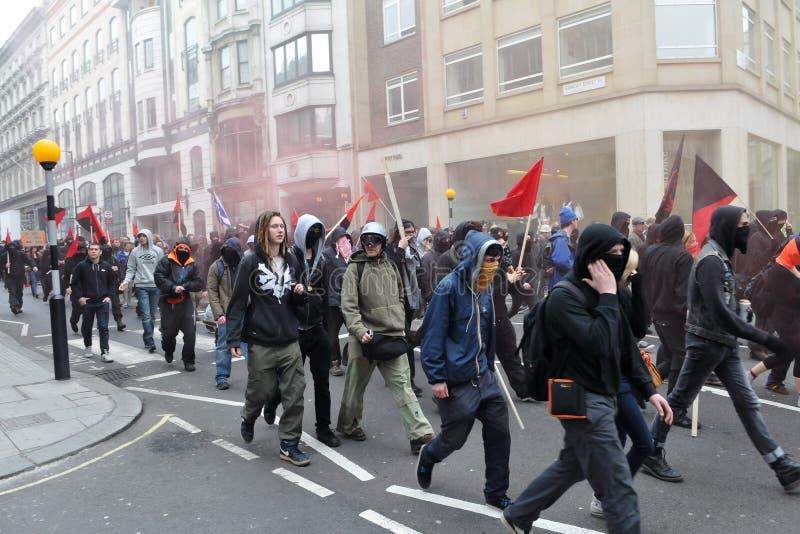 严肃的抗议者在伦敦召集 免版税库存照片
