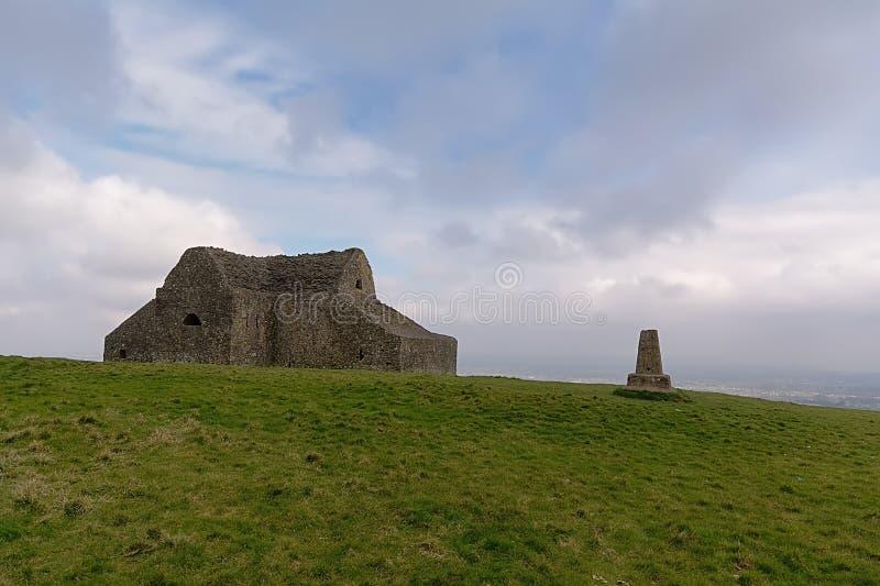 严酷的苦难俱乐部,在蒙彼利埃小山顶部的老狩猎小屋在都伯林,爱尔兰 库存照片