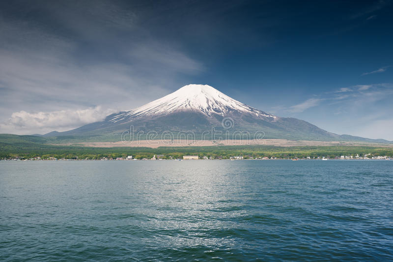 严重的富士山 免版税库存照片