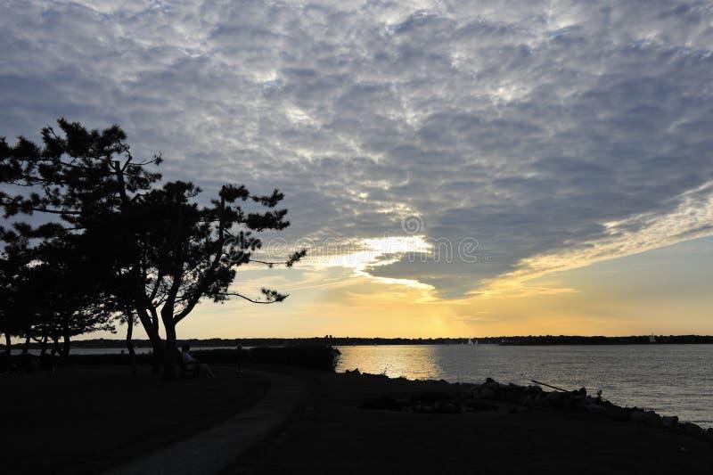 严重的海岛纽波特rhode日落美国 图库摄影