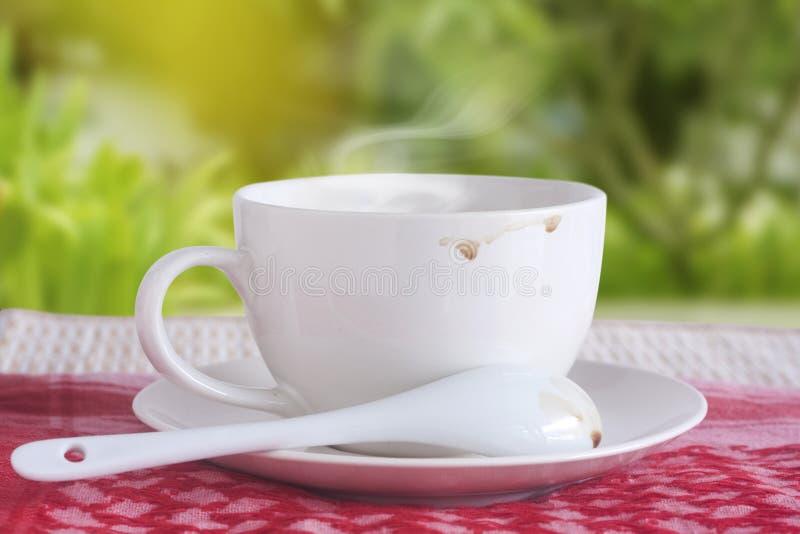 Download 2个咖啡杯 库存照片. 图片 包括有 标记, 健康, 空白, 饮料, 茶点, 草本, 放松, 结构树, 打赌的人 - 59107926