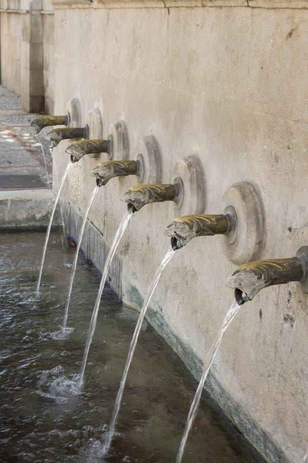 25个喷口喷泉, Xativa,西班牙 库存照片
