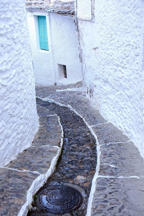 中世纪名为老pampaneira西班牙语村庄 图库摄影