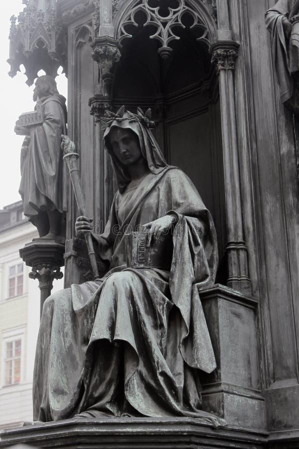 中世纪哲学家的雕象 库存图片