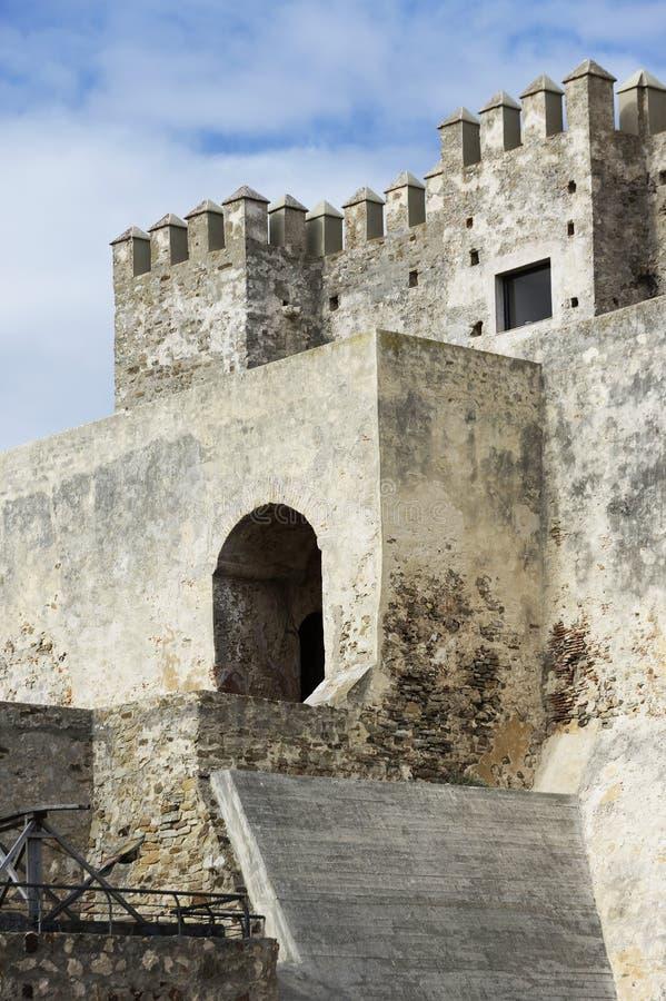 中世纪城堡, Guzman El布埃诺,塔里法角 免版税图库摄影
