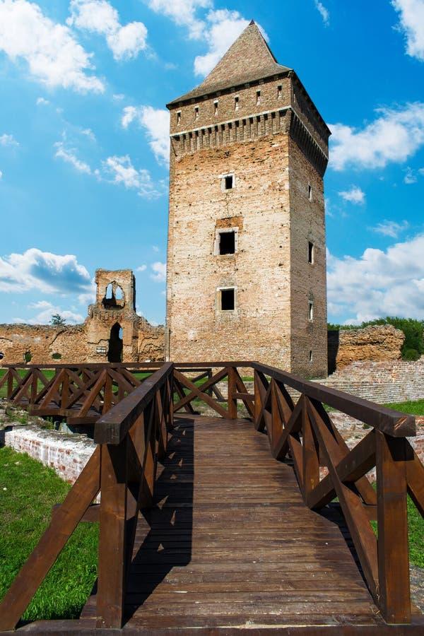 中世纪堡垒从14世纪在镇Bac中,塞尔维亚 库存图片