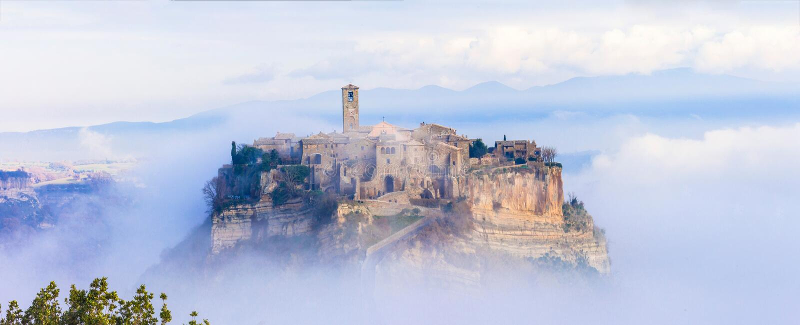 中世纪奇维塔二巴尼奥雷焦,意大利 库存照片