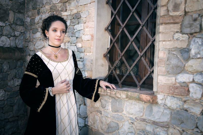 中世纪妇女 免版税库存照片