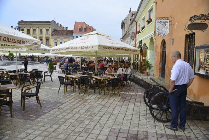 中世纪市的大广场布拉索夫,罗马尼亚 库存照片
