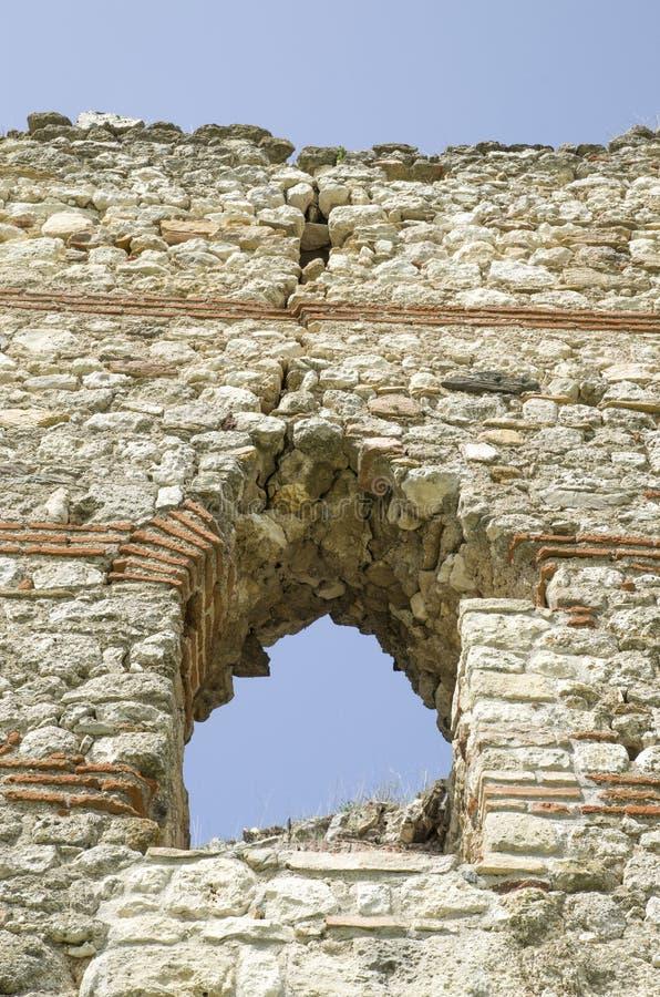 中世纪拜占庭式的堡垒Bukelon,保加利亚废墟  库存照片