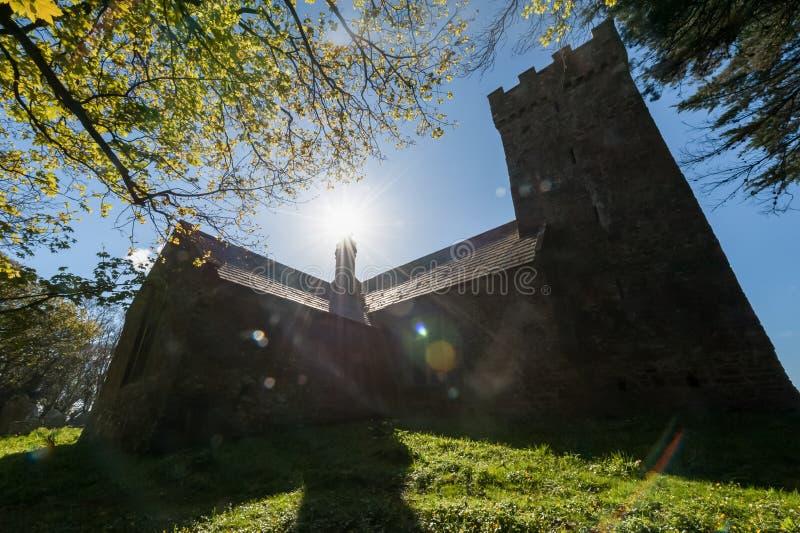 中世纪教会剪影 库存照片