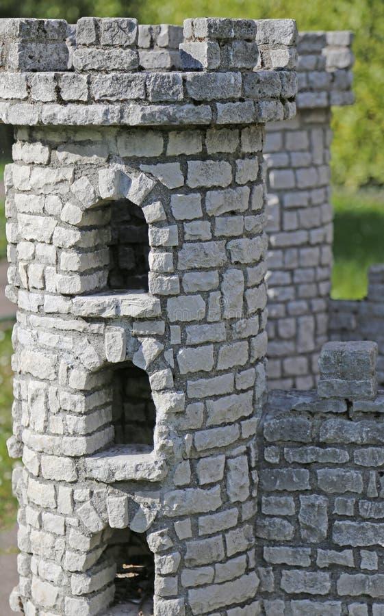 中世纪有城垛的塔形状城堡  库存图片