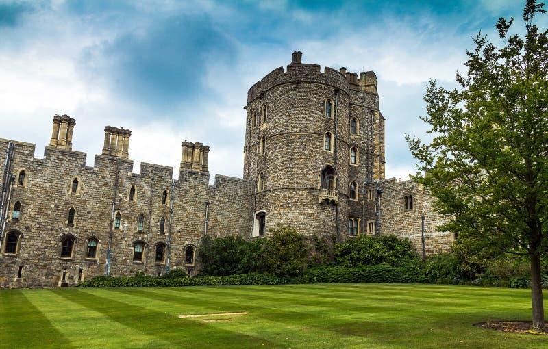 中世纪温莎城堡的上部病区 英国 免版税库存照片