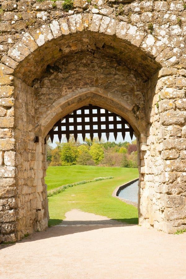 中世纪的门 免版税图库摄影