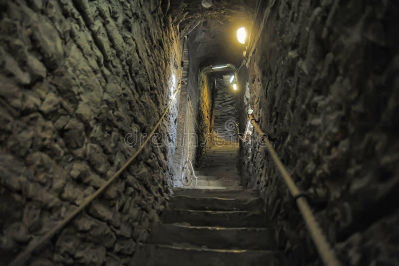 中世纪石楼梯 库存照片