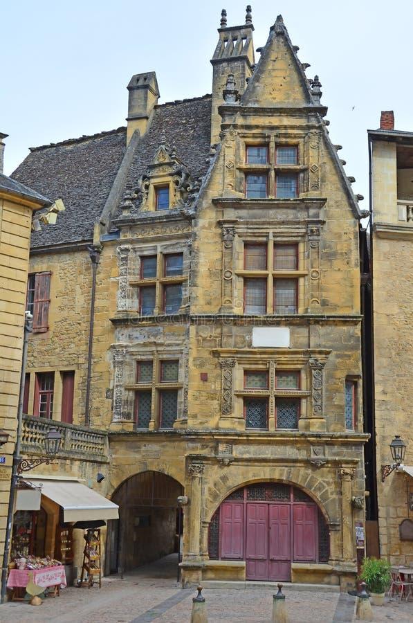 中世纪萨尔拉的华丽建筑 库存图片