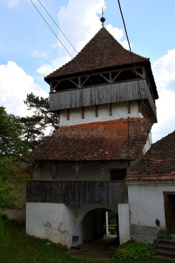 中世纪被加强的撒克逊人的教会在Ungra,特兰西瓦尼亚 图库摄影