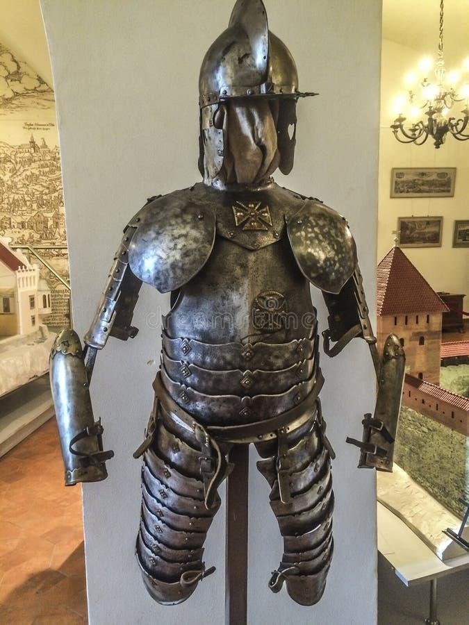 中世纪装甲的骑士 免版税库存图片