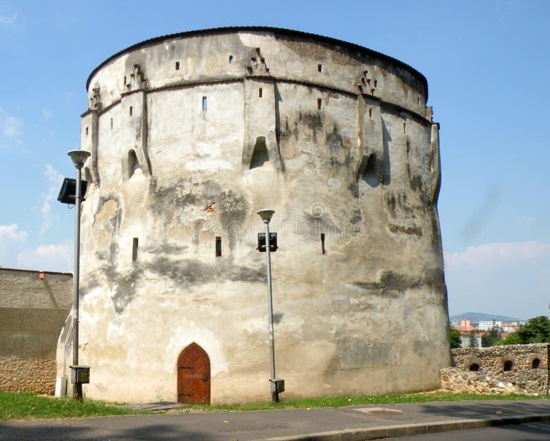 中世纪镇布拉索夫(Kronstadt), Transilvania,罗马尼亚的墙壁 免版税图库摄影