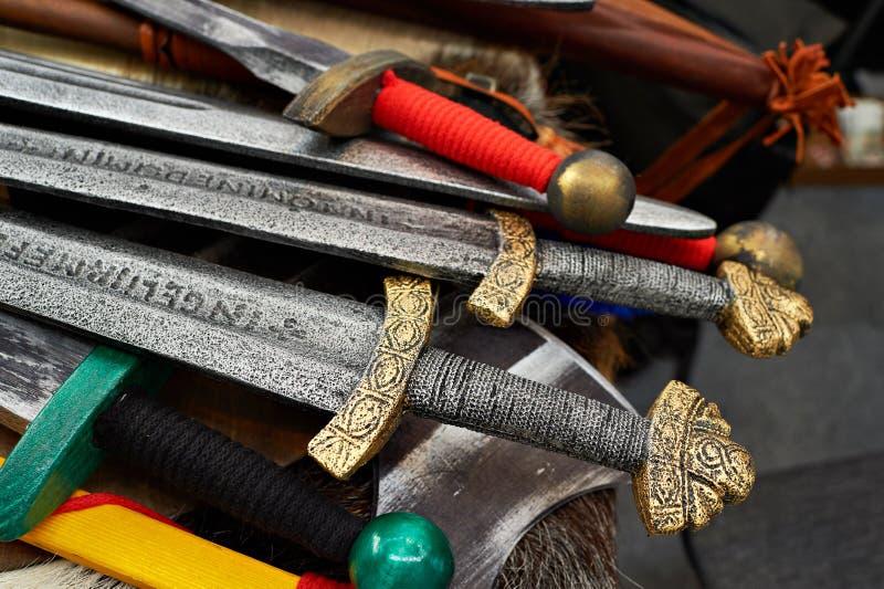 中世纪骑士剑  库存图片