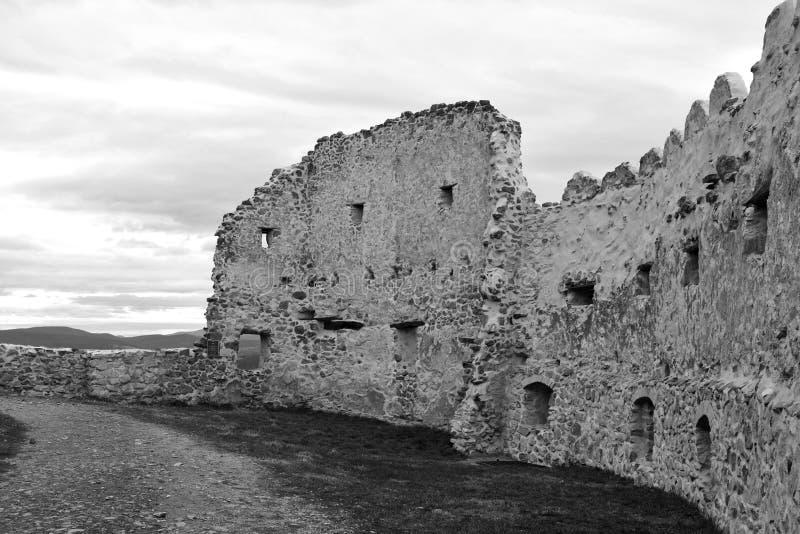 中世纪鲁佩亚浪子堡垒的墙壁在特兰西瓦尼亚,罗马尼亚 图库摄影