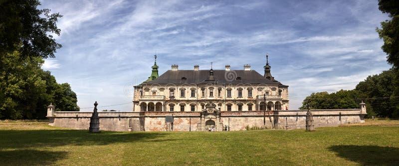 中世纪Pidhirtsi城堡, Pidhirtsi村庄,利沃夫州地区,乌克兰 库存图片