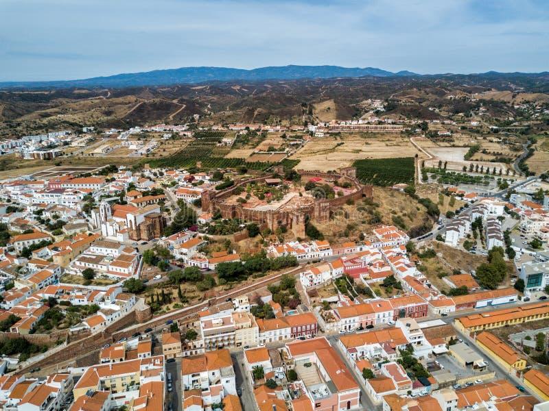 中世纪Silves城堡的寄生虫照片 阿尔加威地区,葡萄牙 库存照片