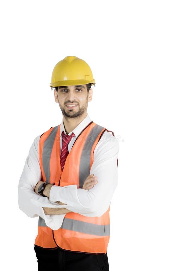 中东工程师看起来确信在演播室 免版税库存图片