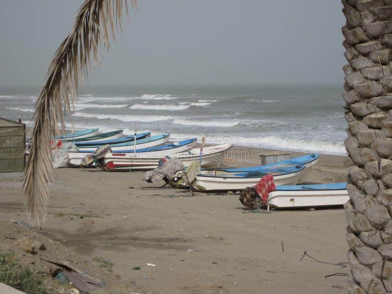 中东或非洲,美丽如画的沙漠海滩在马斯喀特附近的阿曼使风景摄影环境美化 库存图片