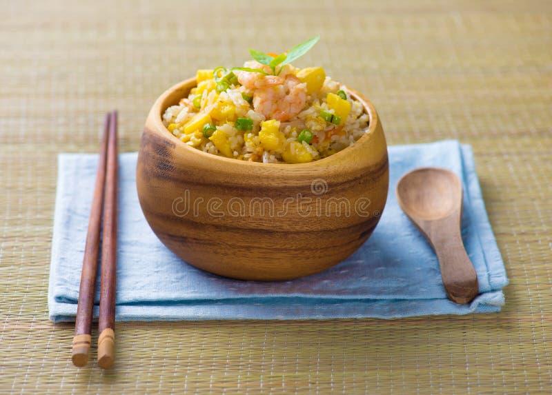 中国人炒饭或者nasi goreng普遍的cusine在亚洲 图库摄影