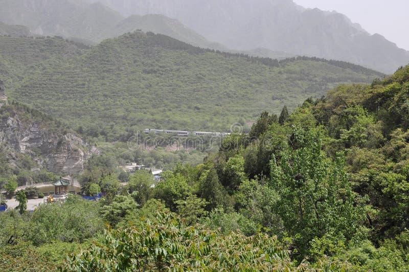 中国人长城在居庸关通行证的邻里风景 免版税库存图片