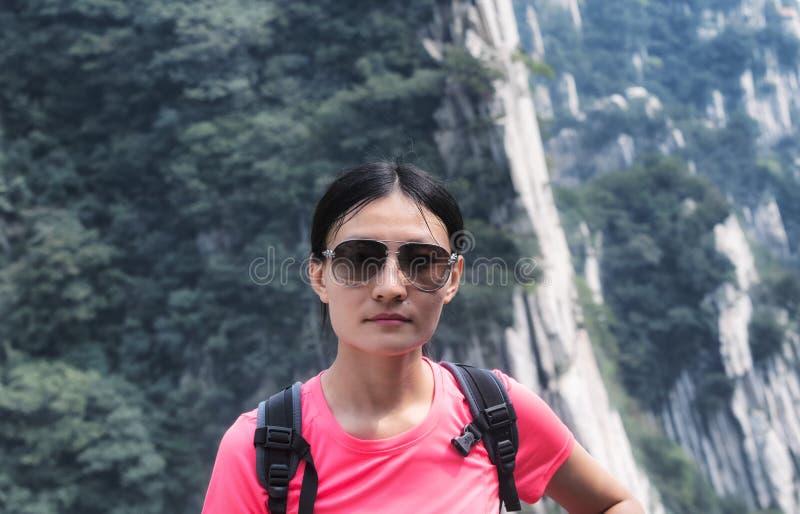中国妇女嵩山中国 免版税库存照片
