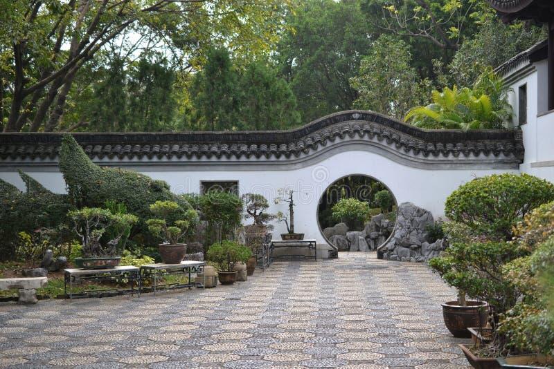 中国庭院圈子入口在香港 免版税库存照片