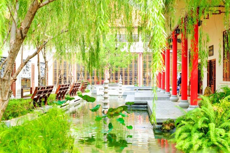 中国庭院,自然公园汉语 免版税图库摄影
