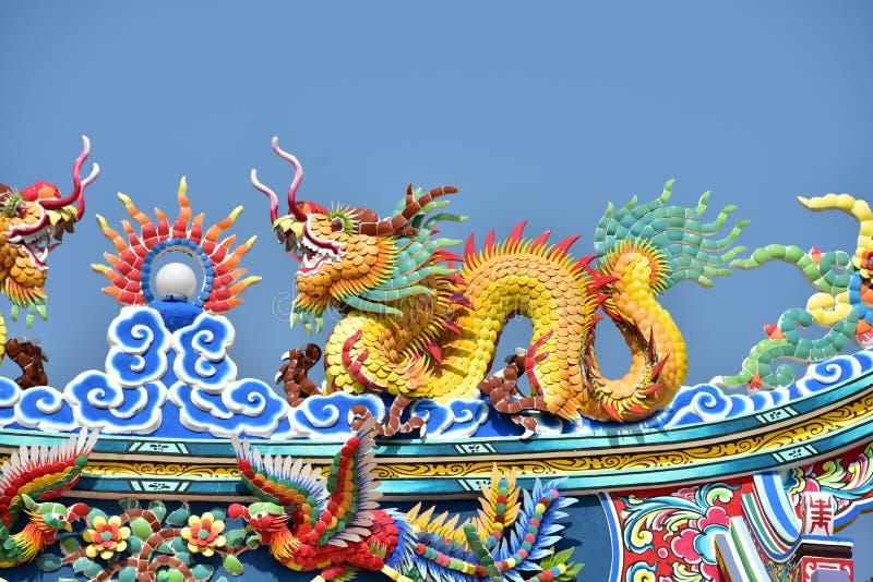 中国文化龙雕象 在泰国中国人文化的中国艺术 库存图片