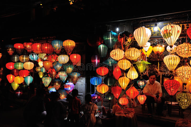 中国灯笼商店在会安市 南越 库存照片