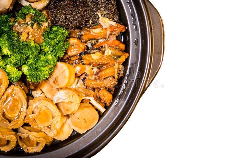 中国被称呼的鲍鱼混杂的盘 亦称Poon Choy用中文 库存照片