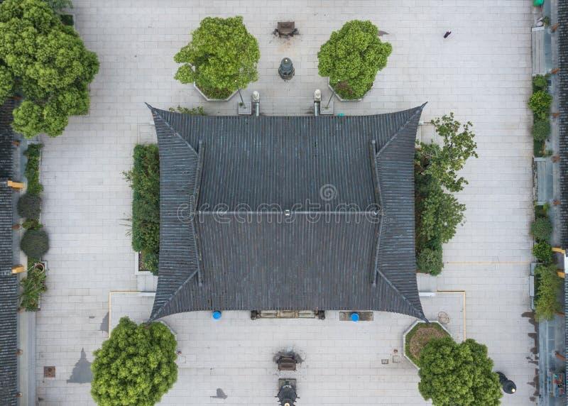 中国道士寺庙的鸟瞰图有简单的围场的 免版税库存图片