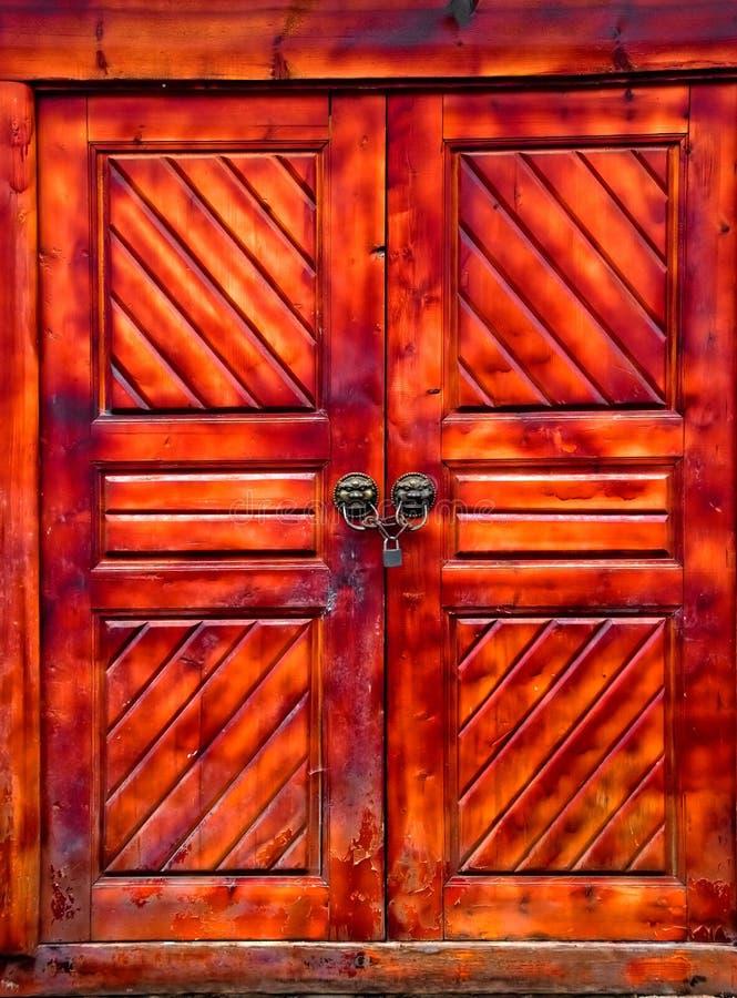 中国门锁着木 图库摄影